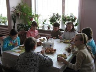 Школа Барнаул Конкурс столовых Барнауле разработаны пять видов школьных меню с учетом требований новых санитарных норм и правил по организации питания обучающихся и с учетом стоимости